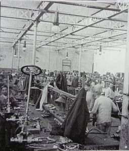 P1020071-Copier-255x300 Visite d'usine (De Dietrich Lunéville) Visite de l'Usine De Dietrich de Lunéville
