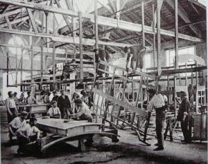 P1020088-Copier-300x236 Visite d'usine (De Dietrich Lunéville) Visite de l'Usine De Dietrich de Lunéville