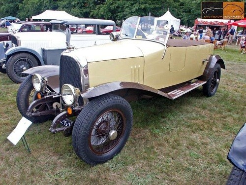 voisin c3 1923 patrimoine automobile com. Black Bedroom Furniture Sets. Home Design Ideas