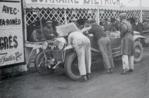 lorraine6-300x198 Lorraine Dietrich aux 24h du Mans de 1926 Divers Lorraine Dietrich Lorraine Dietrich aux 24h du Mans de 1926