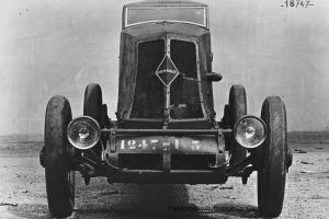 Renault-NM-40cv-1926-20-300x200 Renault NM 40 CV des records de 1926 Divers Voitures françaises avant-guerre