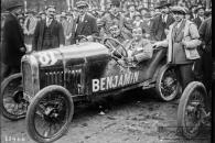 Benjamin-21-5-1923-Bol-dor-Mme-Gouraud-Morriss-sur-Benjamin-cyclecar-Saint-Germain-en-Laye-circuit-des-Loges-300x200 Benjamin 1929 Cyclecar / Grand-Sport / Bitza Divers
