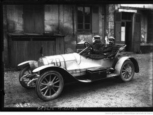 5-19-décembre-09-Rolland-Pilain-voiture-de-course-Pilain-conducteur-300x226 Rolland Pilain C12 de 1909 Cyclecar / Grand-Sport / Bitza Divers Voitures françaises avant-guerre