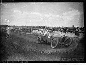 25-7-21-Le-Mans-Jean-Chassagne-sur-Ballot-grand-prix-de-lA.C.F.-300x226 Ballot 3 litres 1920 Cyclecar / Grand-Sport / Bitza Divers