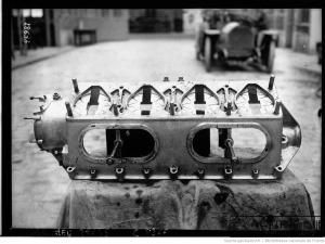 Peugeot-de-course-de-Boillot-2-300x225 La Peugeot des Charlatans (GP 1912) Divers