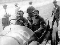 goux-peugeot-1913-300x225 La Peugeot des Charlatans (GP 1912) Divers