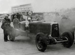Panhard-8-cylindres-de-record-1927-300x220 Panhard Levassor 35 CV des Records (1926) Cyclecar / Grand-Sport / Bitza Divers Voitures françaises avant-guerre