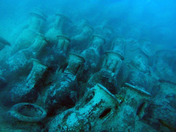Tesoros bajo el mar en el primer pecio visitable de España