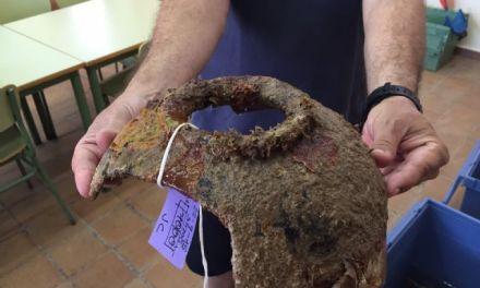 Alumnos del curso de arqueología subacuática rescatan más de 60 piezas de época fenicia y romana