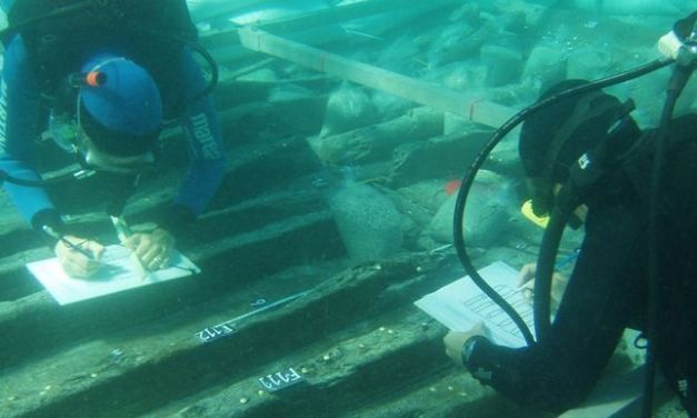 Hallan un cementerio de 22 barcos centenarios
