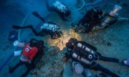Restos humanos en el pecio de Antikythera