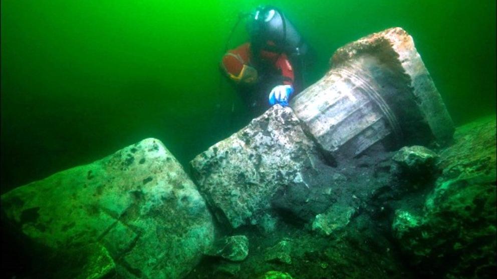 Los arqueólogos descubren el principal templo de la 'Venecia' egipcia, Heracleion