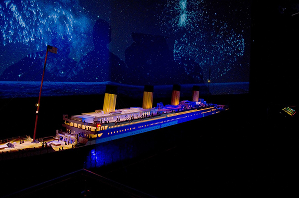 Replica of the Titanic built entirely from Legos