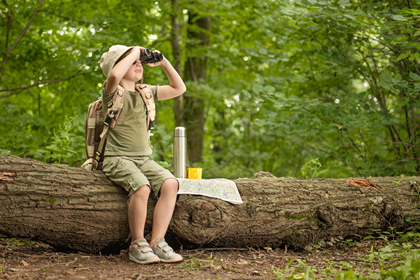 Hiking with kids can involve lots of fun activities.