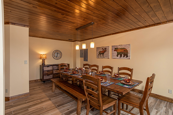 Dining room at Over Ober Lodge