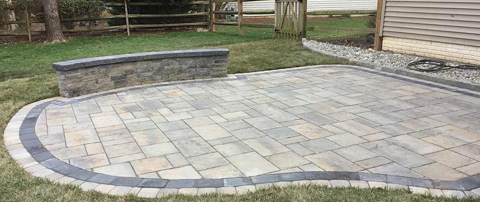 https patriotlawnandlandscape com blog natural stone or concrete pavers which is better for patios