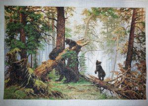 Cuadro bordado a punto de cruz a la venta: osos en el bosque