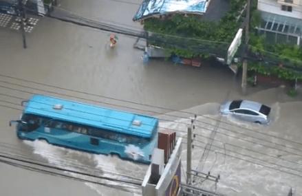 Kraftig regn i Pattaya