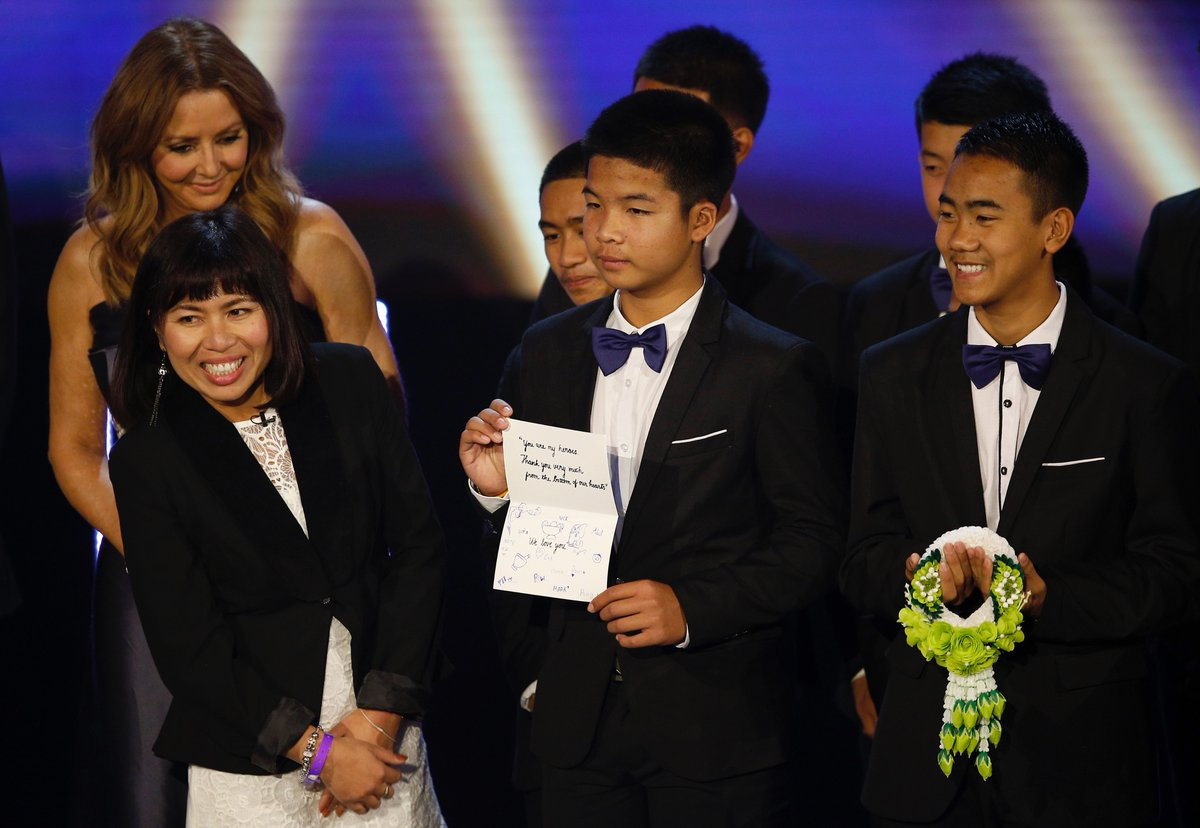 Thai boys reunited with divers at Pride of Britain Awards