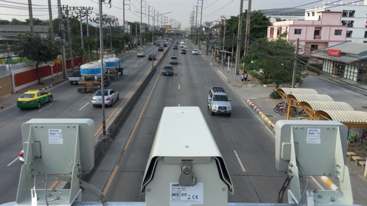Bangkok to add 10 road cameras in bid to cut speeding deaths