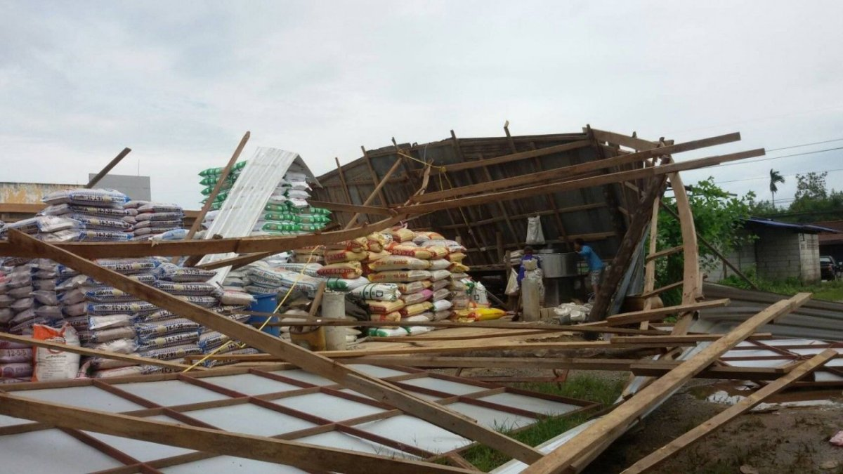 Storm damages houses and shops in Krabi