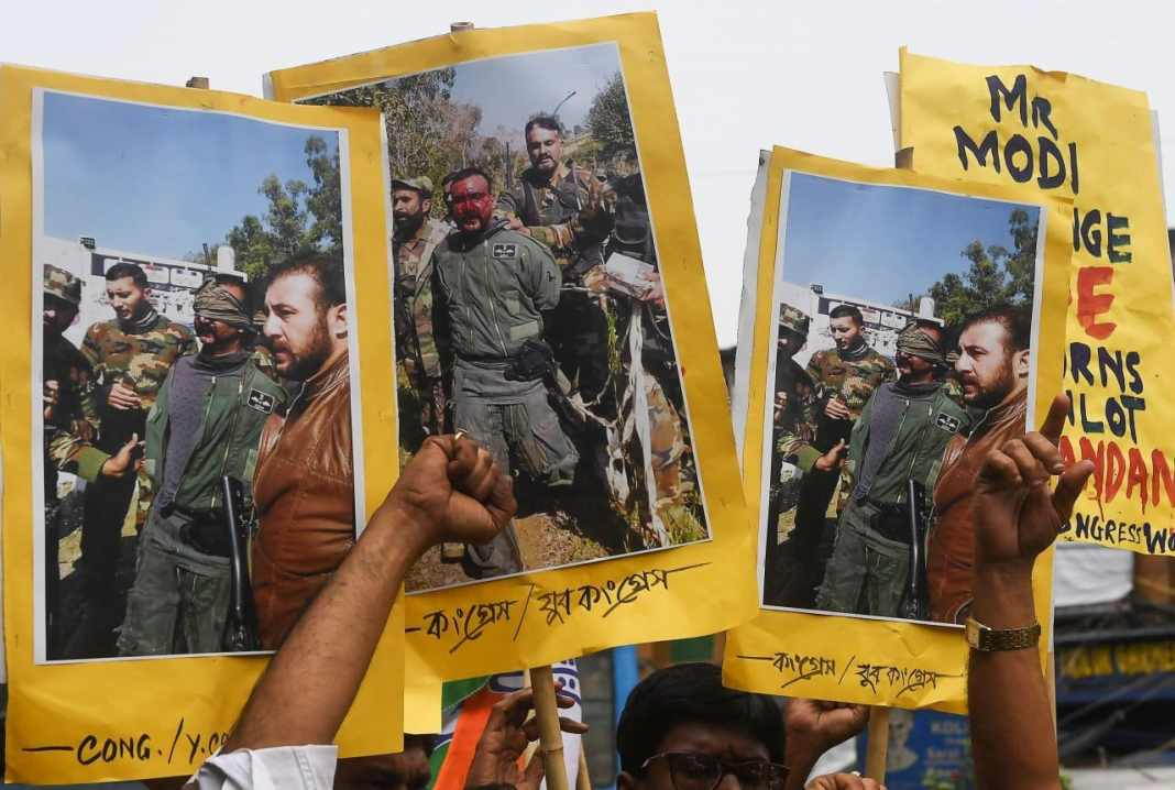 Pakistan says will free Indian pilot as 'peace gesture' Pakistan said Thursday it will release a captured Indian pilot in a