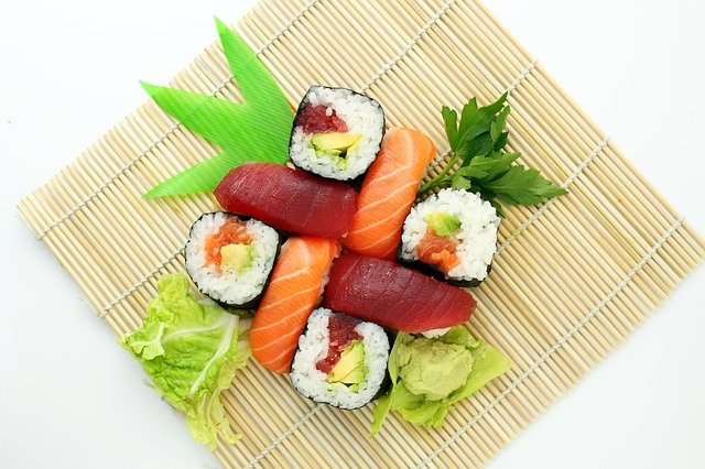 salmon sushi norway japan pattayatoday