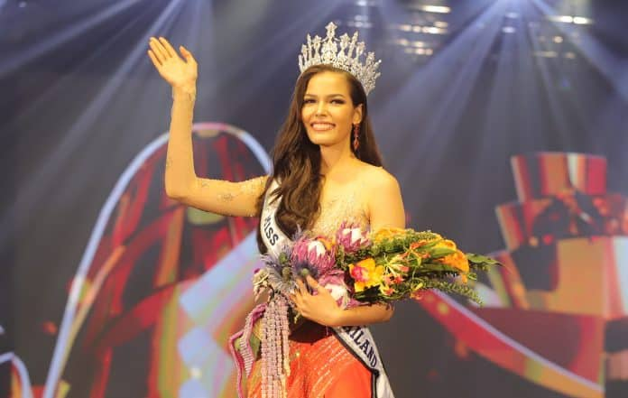 Thai-Canadian Fan Favorite Wins Miss Universe Thailand 2019
