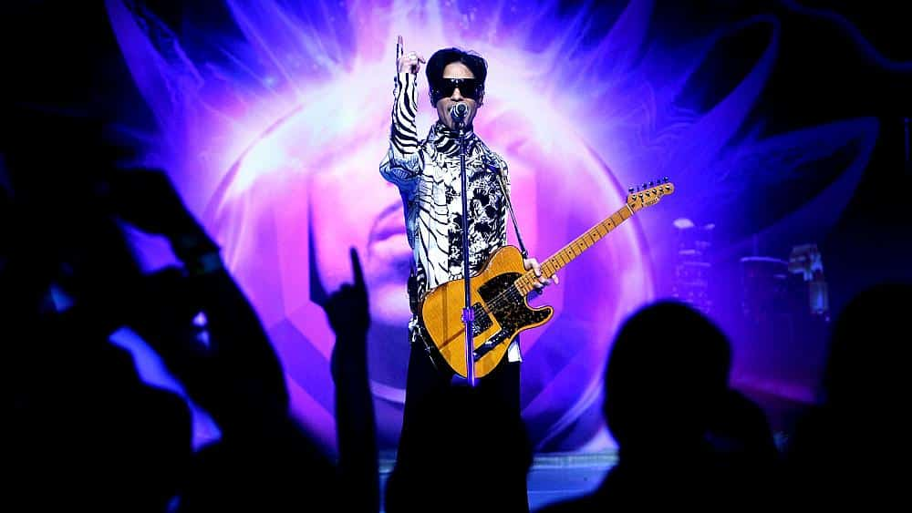 Prince's estate says Trump campaign broke pledge by playing 'Purple Rain'