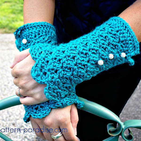 Glamour Gloves: #12WeeksChristmasCAL Week 7