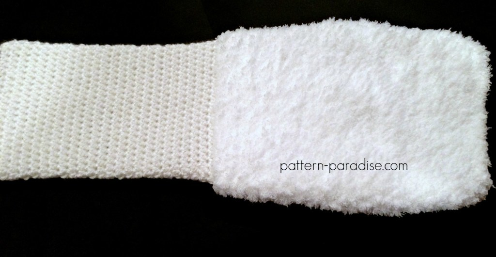 Free Crochet Pattern Fluffy Hat and Hand Muff Set by Pattern-Paradise.com