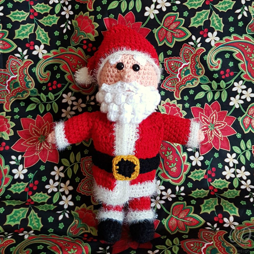 toy-santa-claus #12weekschristmascal on pattern-paradise.com
