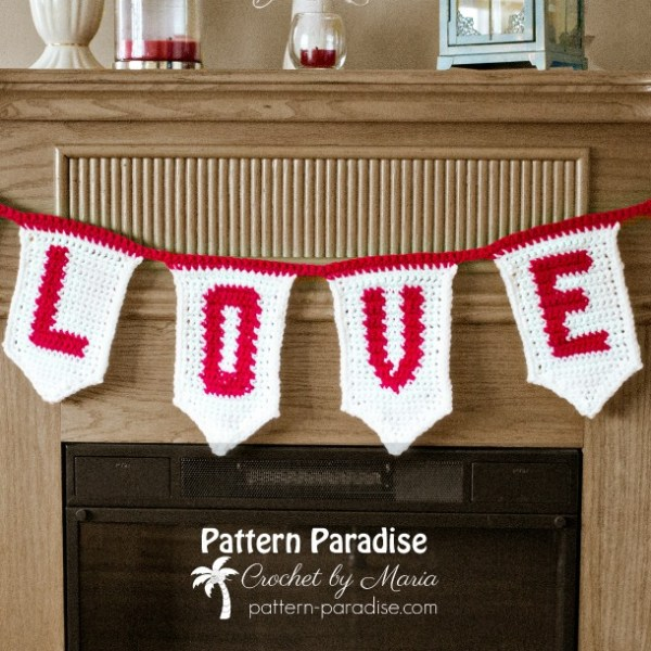 Free Crochet Pattern: Love Banner