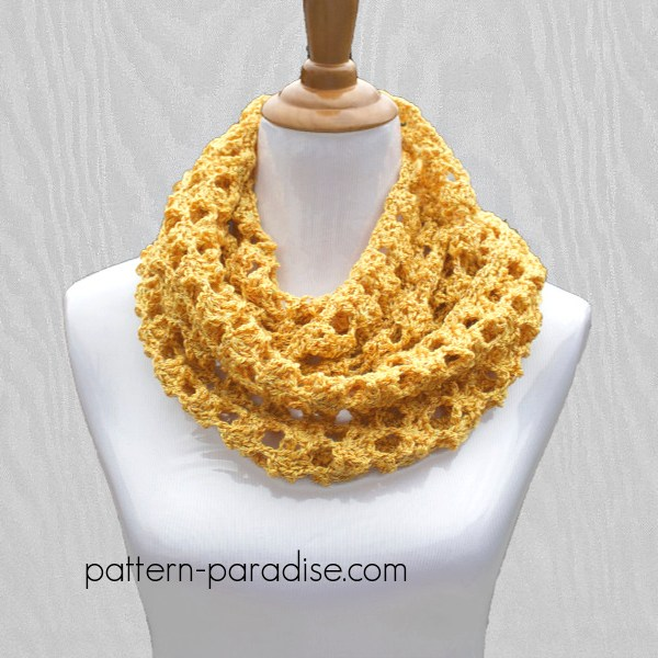 Free Crochet Pattern: Butterscotch Cowl