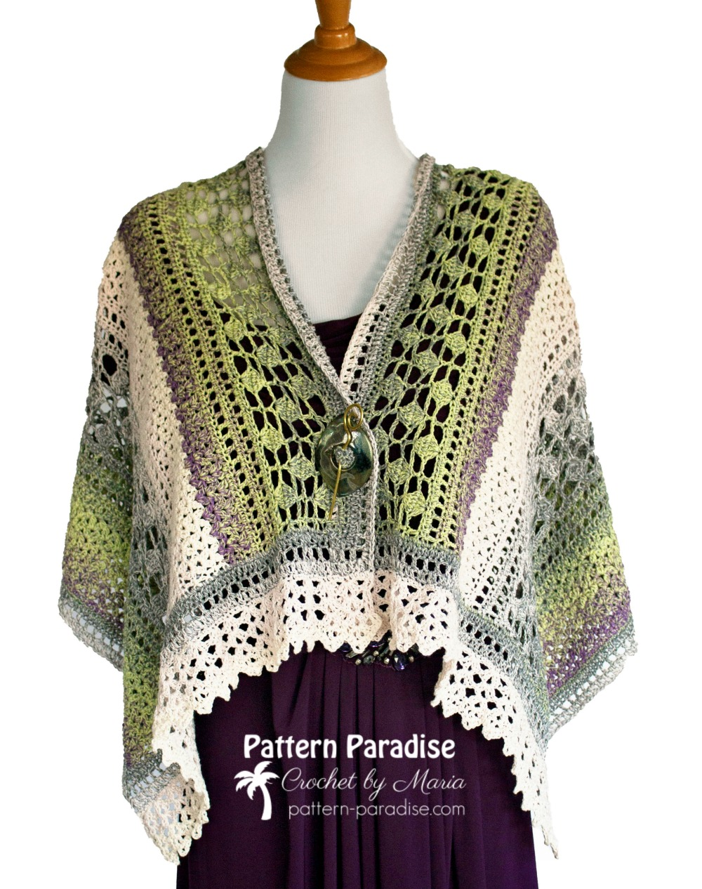 Winter Indulgence Wrap on Pattern-Paradise.com | A beautiful addition to your wardrobe anytime of year!