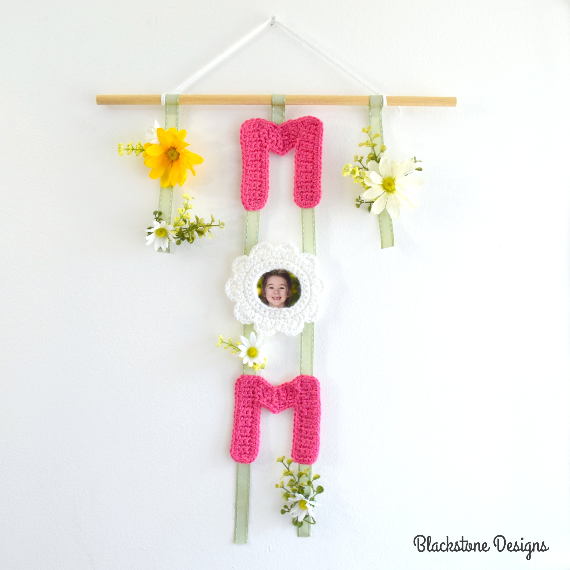 Mom Wall Hanging
