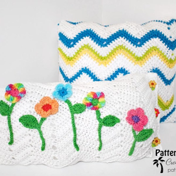 Free Crochet Pattern: Peaks & Valleys Chevron Pillow