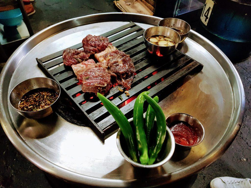 新村美食推薦 - 醃製牛肉烤肉