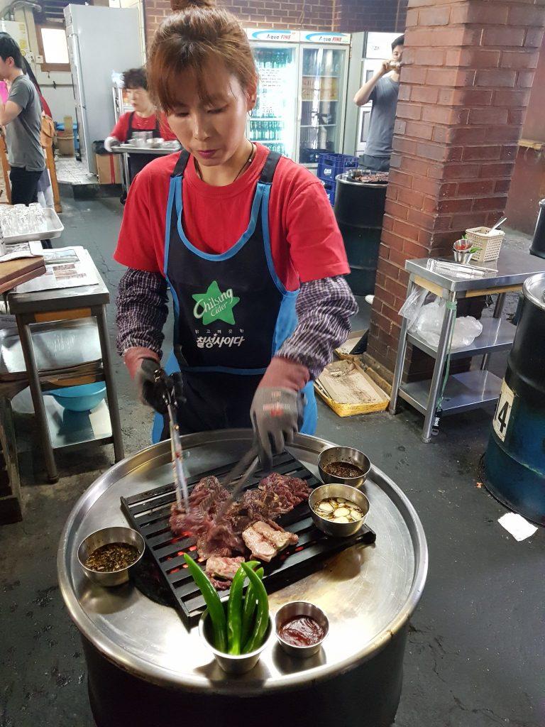 新村美食推薦 - 剪肉服務