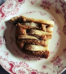 Torta rustica con pere e mais corvino