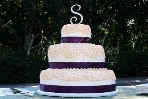 Purple wedding cakes Archives   Patty s Cakes and Desserts purple off white round wedding cake