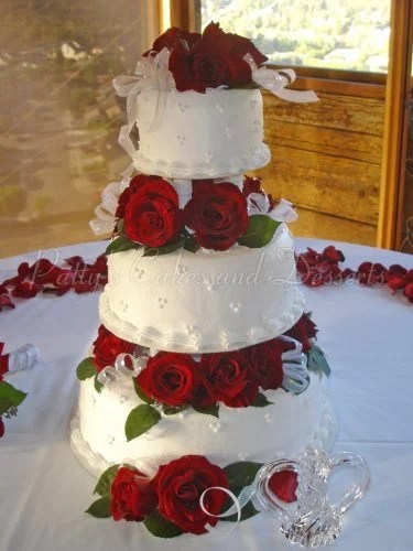 Red rose wedding cakes Archives   Patty s Cakes and Desserts wedding cake red roses