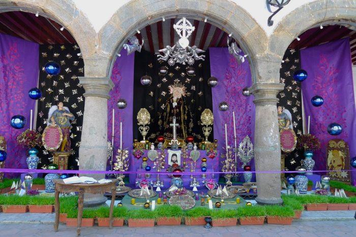Altar de Dolores1