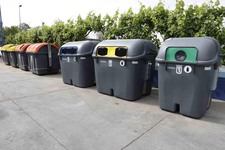 Nuevos cubos de basura