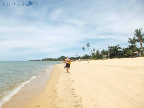 Guide to the best beautiful beaches of Koh Samui Thailand by Paul and Carole Maenam beach
