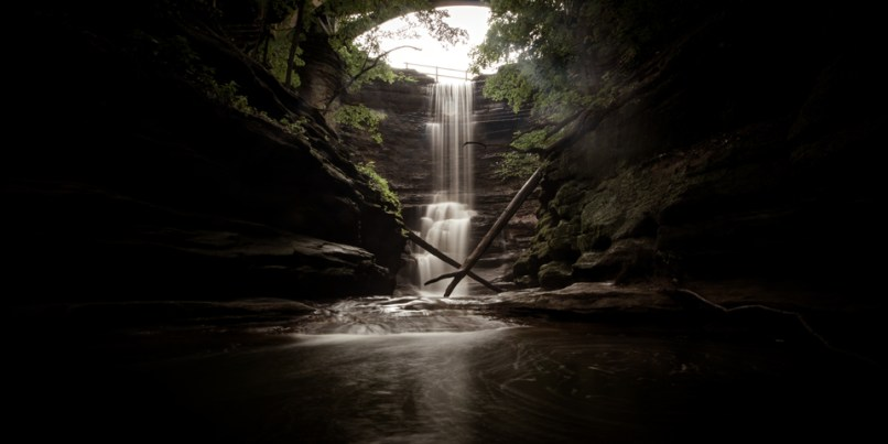 Matthiessen-State-Park-waterfall-photography
