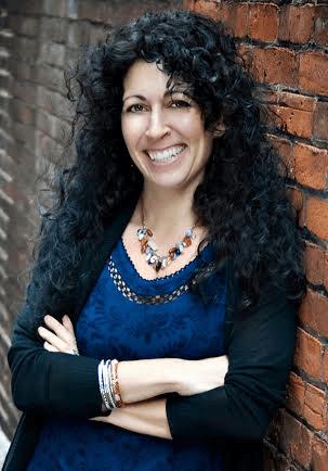 Photo of author Melissa Foster