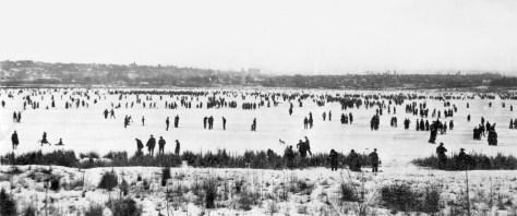 xx-green-lake-jan-1916-skatersmr