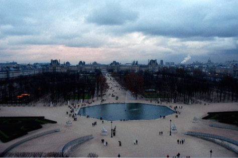 The Tuileries but not from a roof - from the Ferris Wheel.  Berangere's home is below the white smoke rising from the right horizon.  The Pantheon dome is also there.