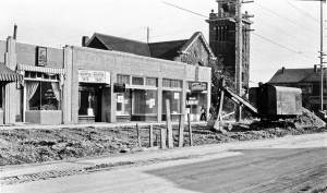 THEN:  Looking across Capitol Hill's Broadway Avenue during its 1931adjustments. (Courtesy Seattle Municipal Archive)